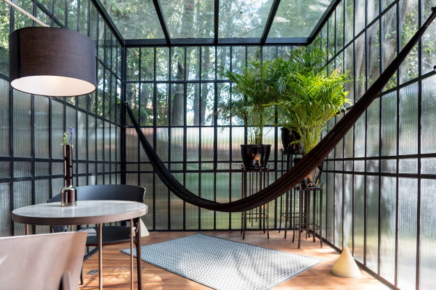 How to Build the Ideal Sunroom